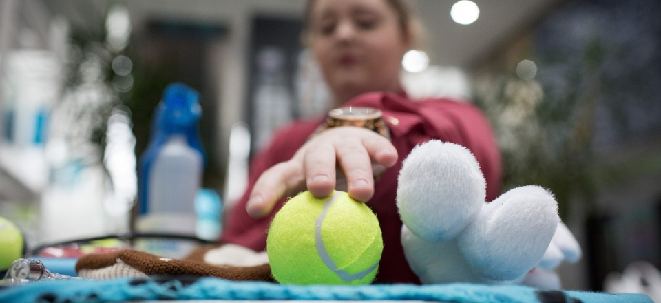 02. Young Upstart Beth Macdonald who has a business called Doggy DIY sells dog toys at Doncaster College-edit